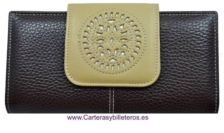 CARTERA BILLETERA DE MUJER DE PIEL DE UBRIQUE CON CIERRE TRABAJADO GRANDE MARRON Y CAMEL