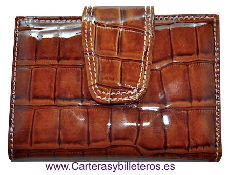 LITTLE WOMEN'S WALLET OF LUXURY SKIN VERY COMPLETE AND GREAT QUALITY LEATHER