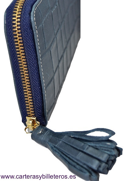 WALLET WOMAN LEATHER WITH ZIP CLOSURE WITH AN ORNAMET