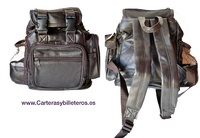 BACKPACK WITH FOUR OUTSIDE POCKETS LEATHER MEDIUM