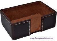 BOX DÉTENTEUR DE LA CARTE  EN CUIR