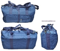FOLDING TRAVEL BAG WITH HANDLES AND SHOULDER BAG