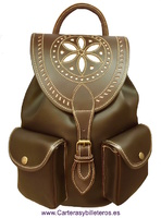 LEATHER BACKPACK FOR MEN OR WOMEN WITH ARTISANAL ADORN