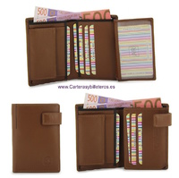 LEATHER WALLET CARD WITH PURSE AND CLOSED