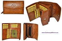 WALLET PORTFOLIO WOMAN WITH DOUBLE FLAP LEATHER